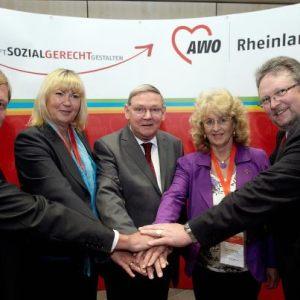 Der AWO Bezirksvorsitzende Rudi Frick und seine Stellvertreter